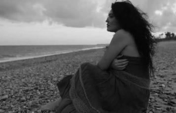 """Cinzia Costa protagonista del videoclip """"Noi ci saremo ancora"""", quinto album di Gianfranco Riccelli&Arangara"""