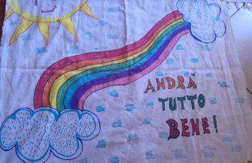 """A Careri e Benestare (RC) alunni di primaria e secondaria realizzano disegni per abbellire le vie del paese contro il coronavirus, """"Andrà tutto bene"""""""