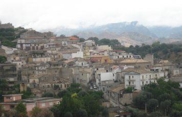 Sant'Ilario dello Jonio (RC): no al 5G, il consiglio comunale delibera la moratoria in attesa di dati scientifici certi
