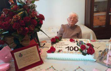 Sant'Ilario festeggia i 100 anni della signora Rosa:gli auguri dell'amministrazione comunale