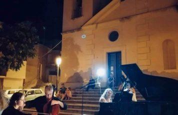 Sant'Ilario dello Jonio (RC): nel borgo antico di Condojanni, grande successo per Luca Franzetti ed Elisa Tomellini